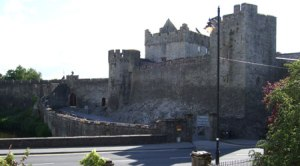 cahir-castle-view1