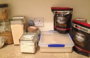 Rice protein, corn flour, coconut flour, potato flour