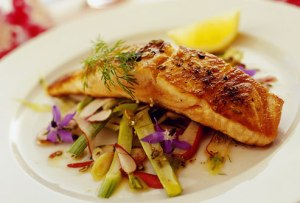 grilled_salmon_on_vegetables