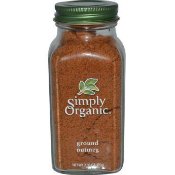 Dried ground nutmeg