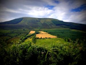 1 Keeper Hill 2